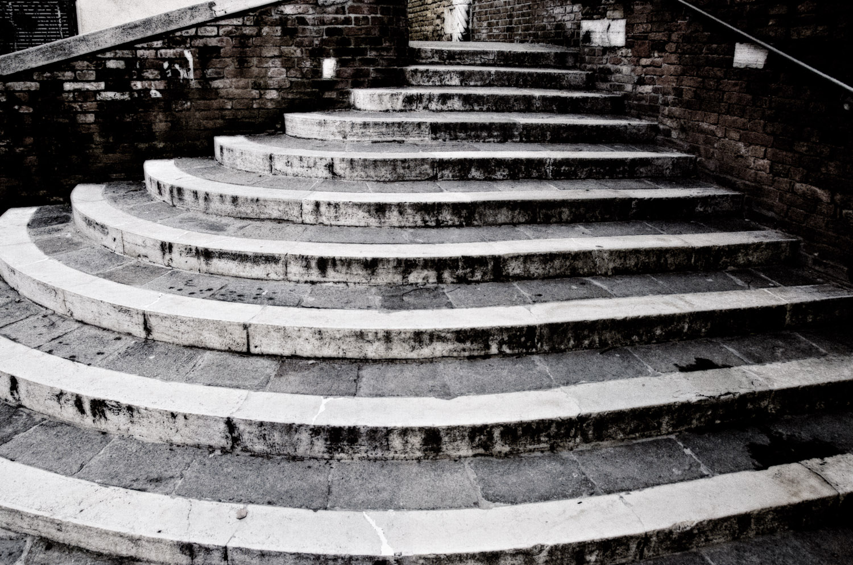 Venetian Stairs   Mark Lindsay