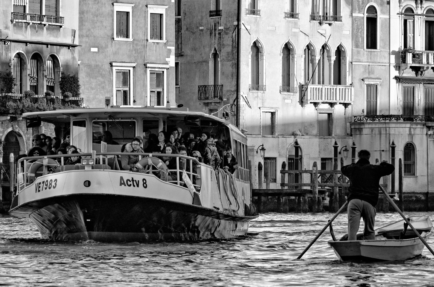 Rower and Vaporetto