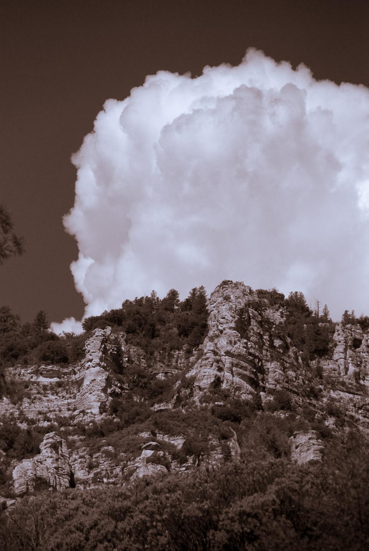 Cloud over Garland's   Mark Lindsay