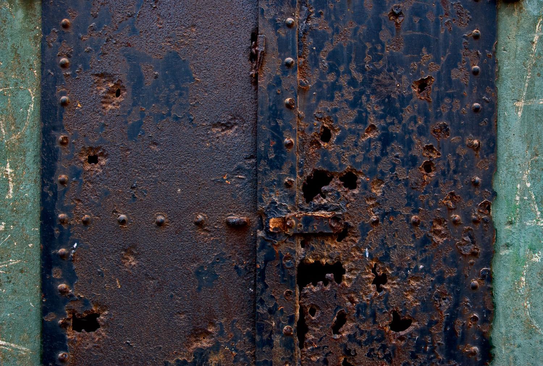 Rusty Door, Marin Headlands | Mark Lindsay