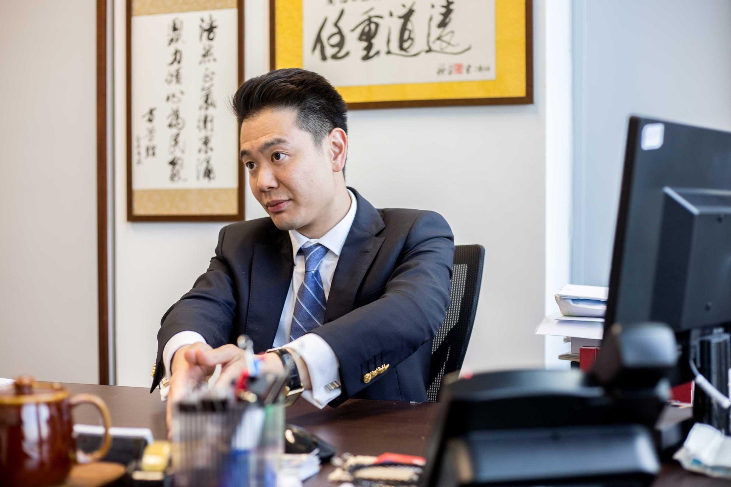 Al Jazeera   Jail in Hong Kong for booing China's national anthem  →