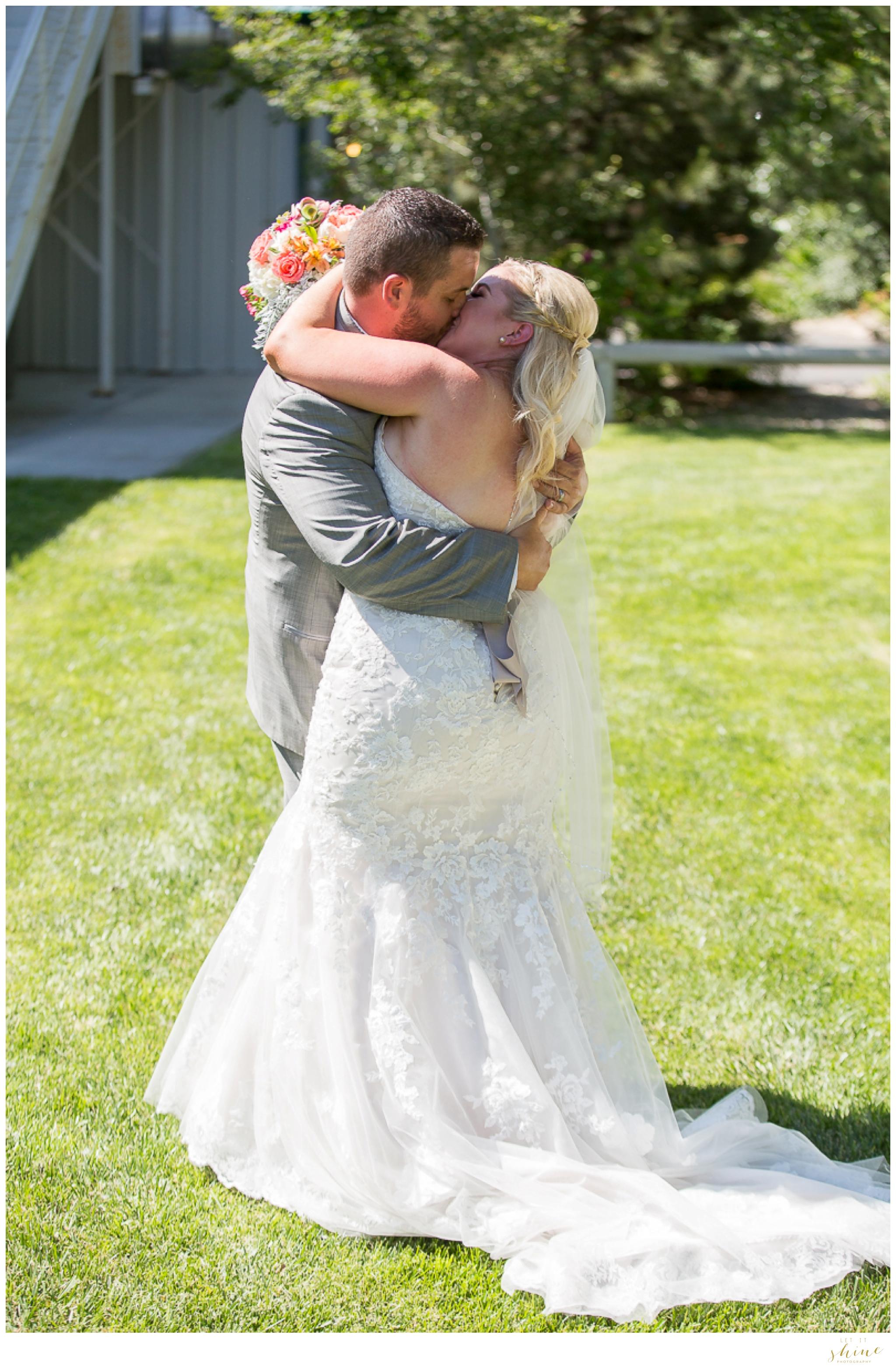 Wild Heart Springs Wedding Idaho Let it Shine Photography-46.jpg
