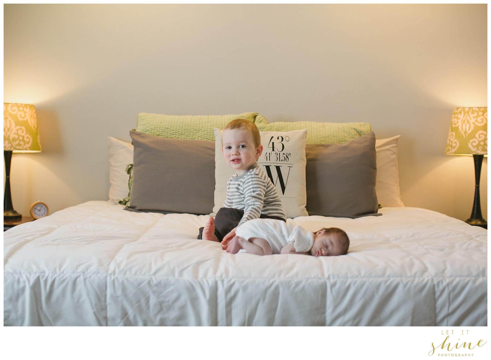 In Home Family Photographer Boise Idaho_0006.jpg