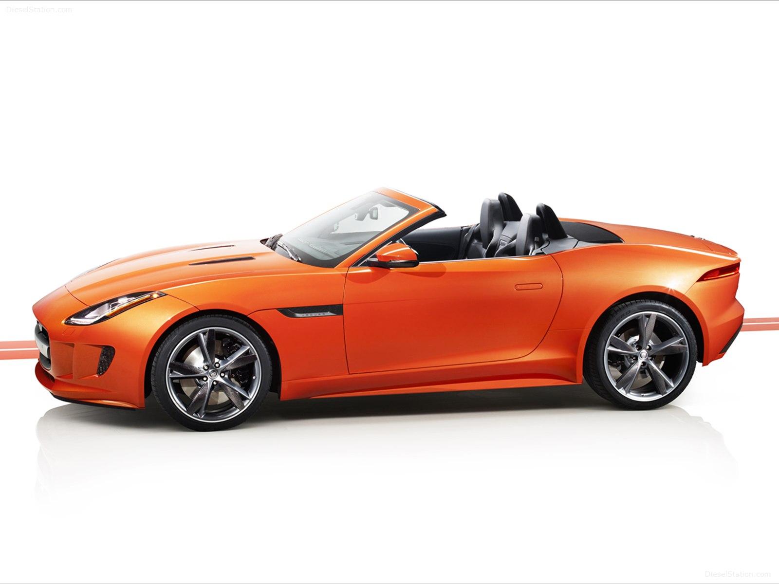 Jaguar-F-Type-Firesand-2013-05.jpg