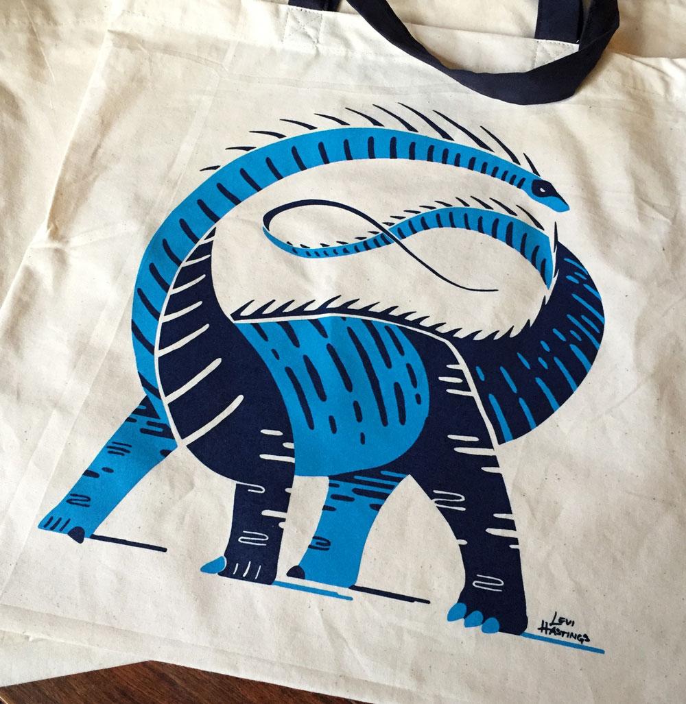 Dino-Tote-bag-detail.png