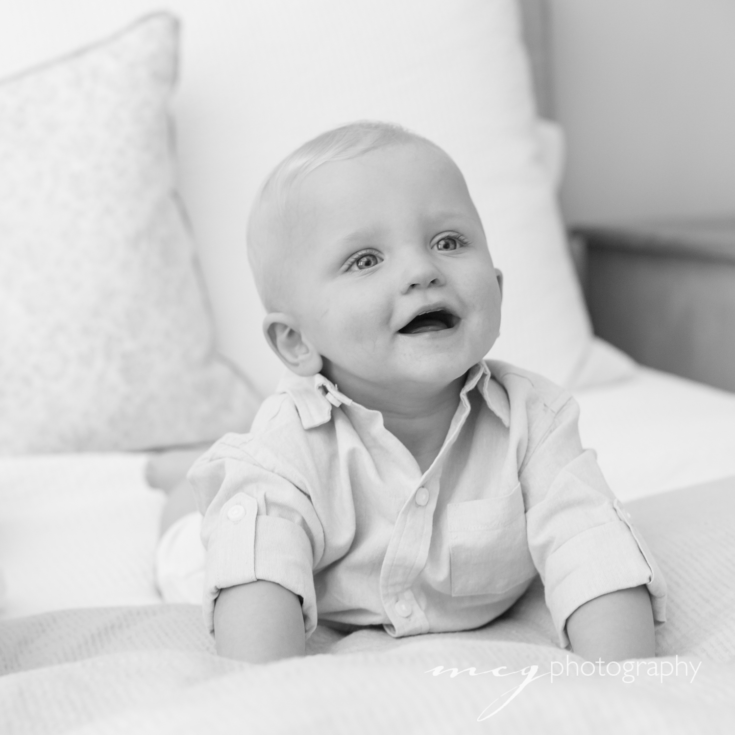 mcg_photography_home_portraits-little_brother.jpg