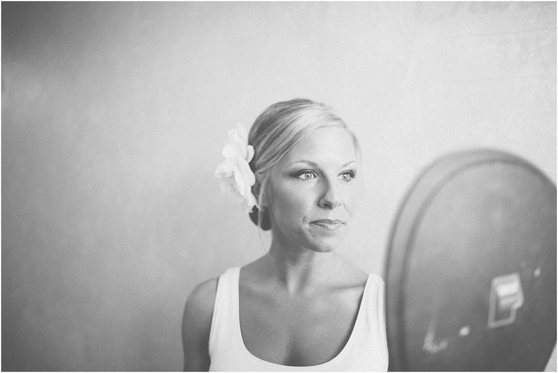 So pretty! - Creative Cleveland Wedding Photographer - St. James Church