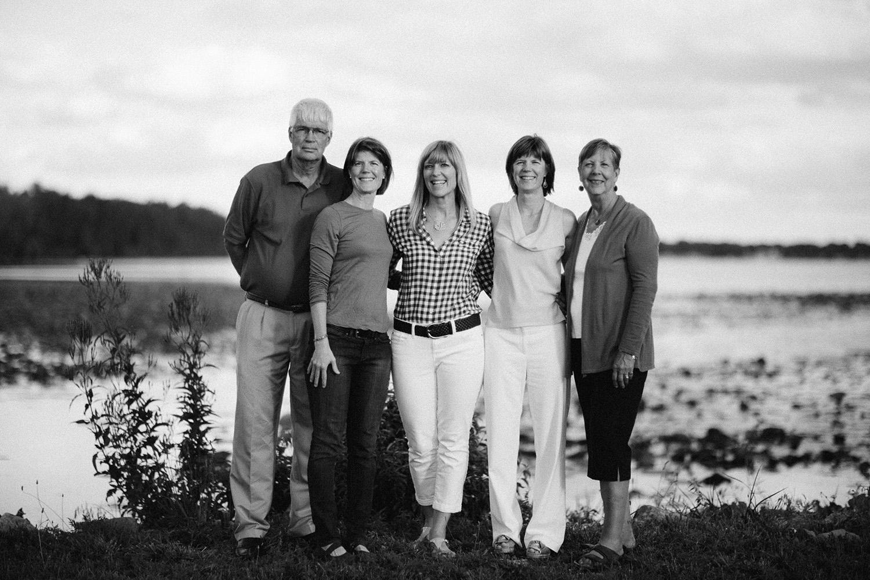 Cleveland Family Lifestyle Documentary Portrait Photographer Marblehead Lakeside Ohio