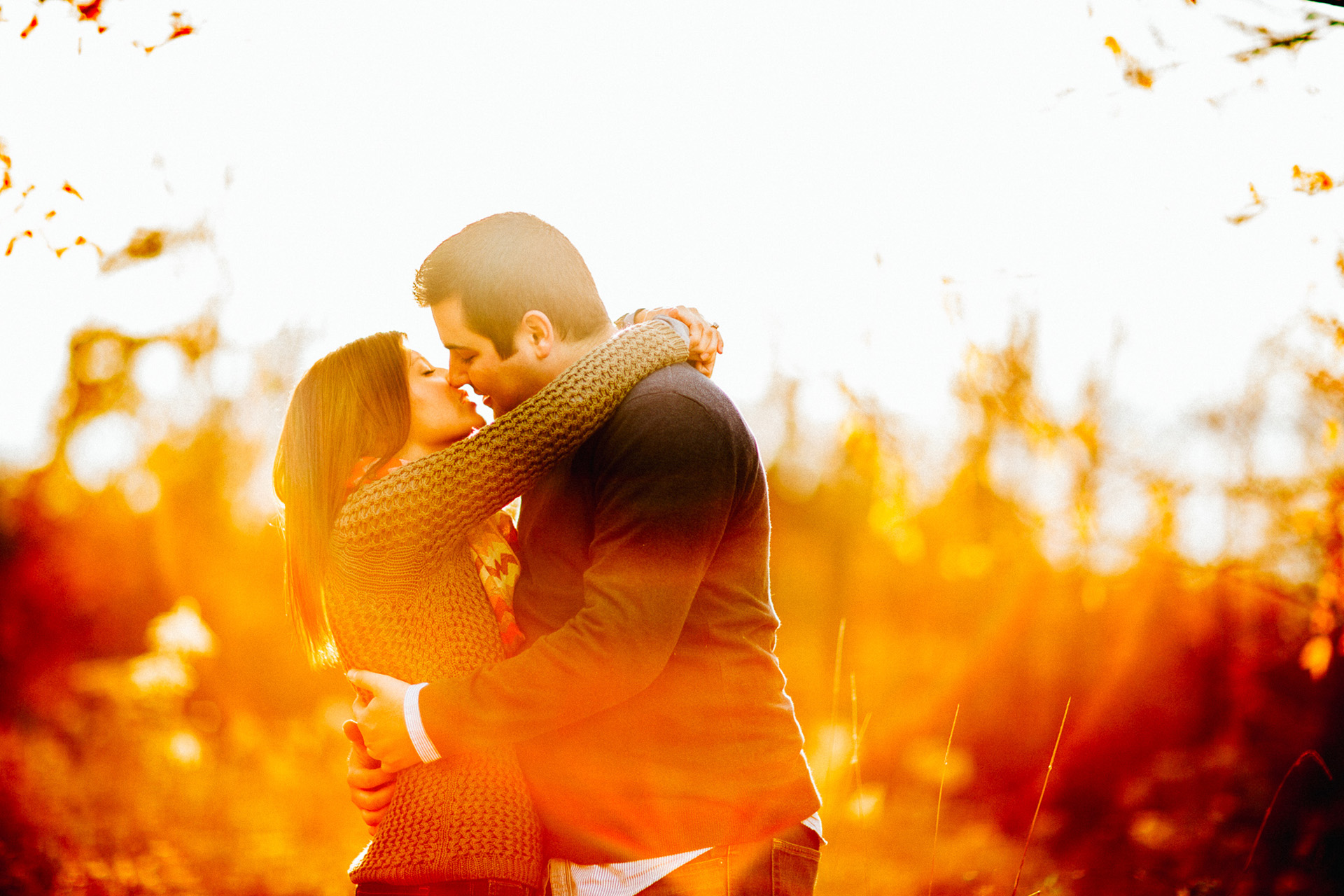 Patterson Fruit Farm Fall Engagement Session Photos in Cleveland 05.jpg