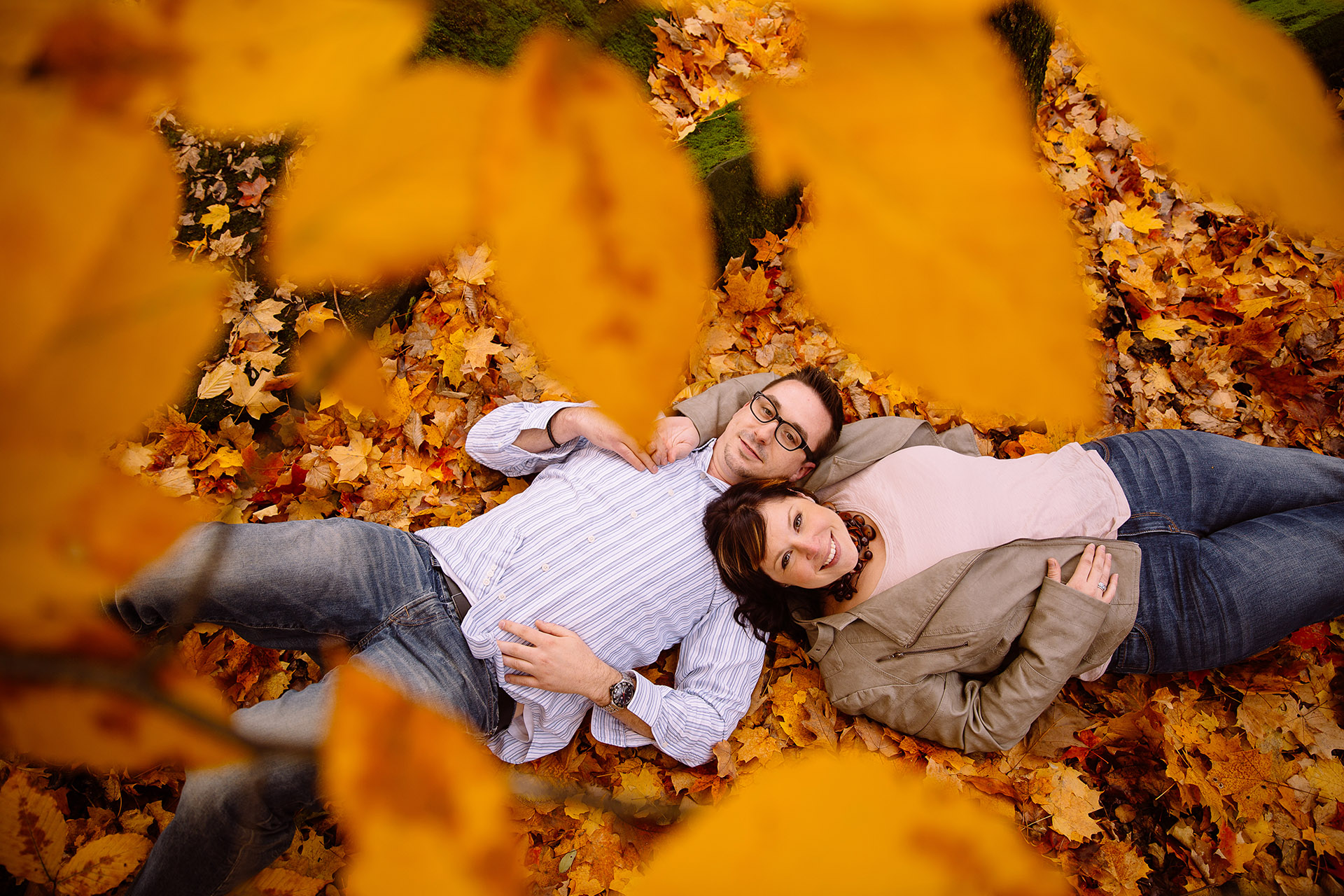 Olmsted Falls Autumn Engagement Photographer 09.jpg