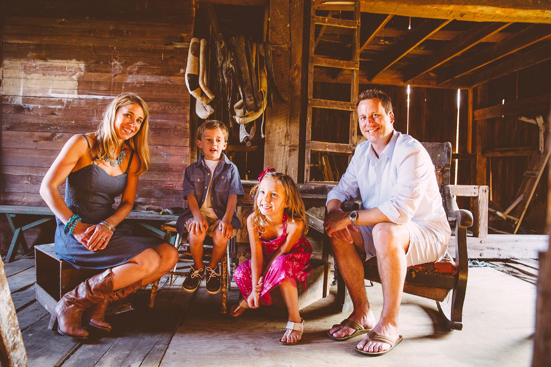Cleveland Lifestyle Family Portrait Photographer 14.jpg