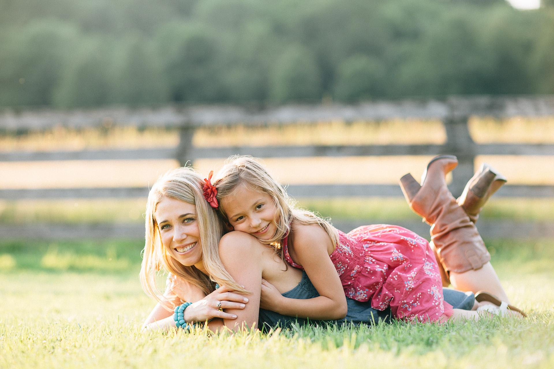 Cleveland Lifestyle Family Portrait Photographer 16.jpg