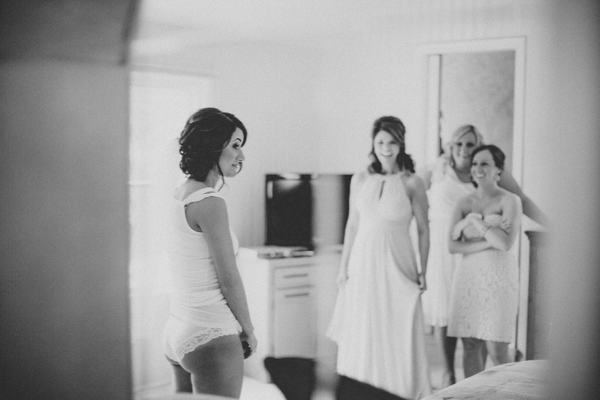 Ariel International Center Wedding Photos 06.jpg