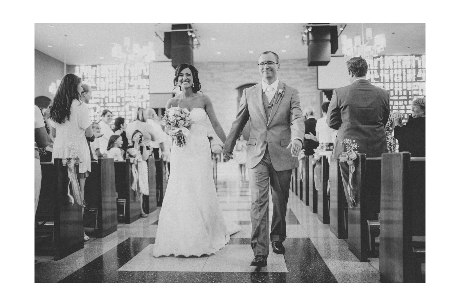 Ariel International Center Wedding Photos 22.jpg