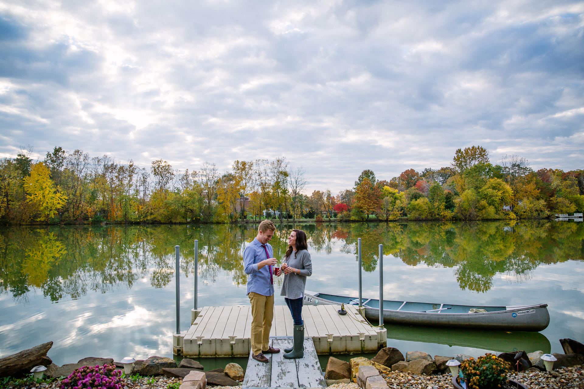 Fall Engagement Session at the Lake in Cleveland 07.jpg