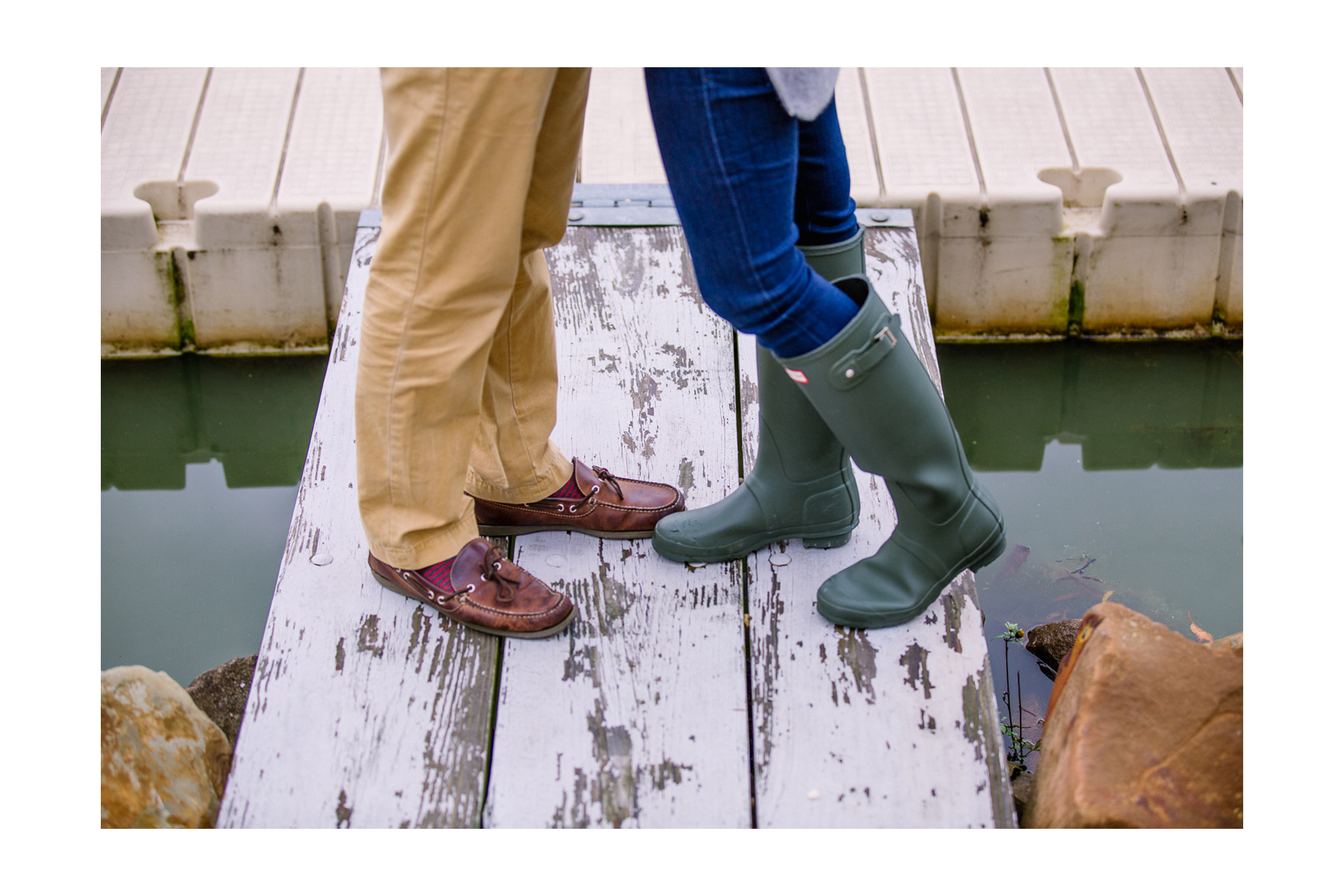 Fall Engagement Session at the Lake in Cleveland 14.jpg