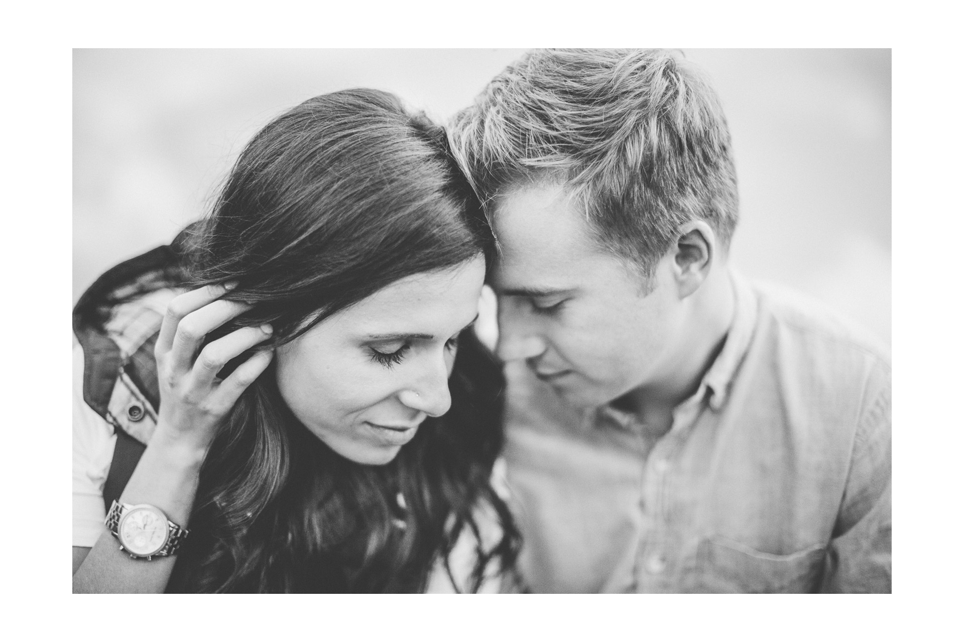 Fall Engagement Session at the Lake in Cleveland 16.jpg
