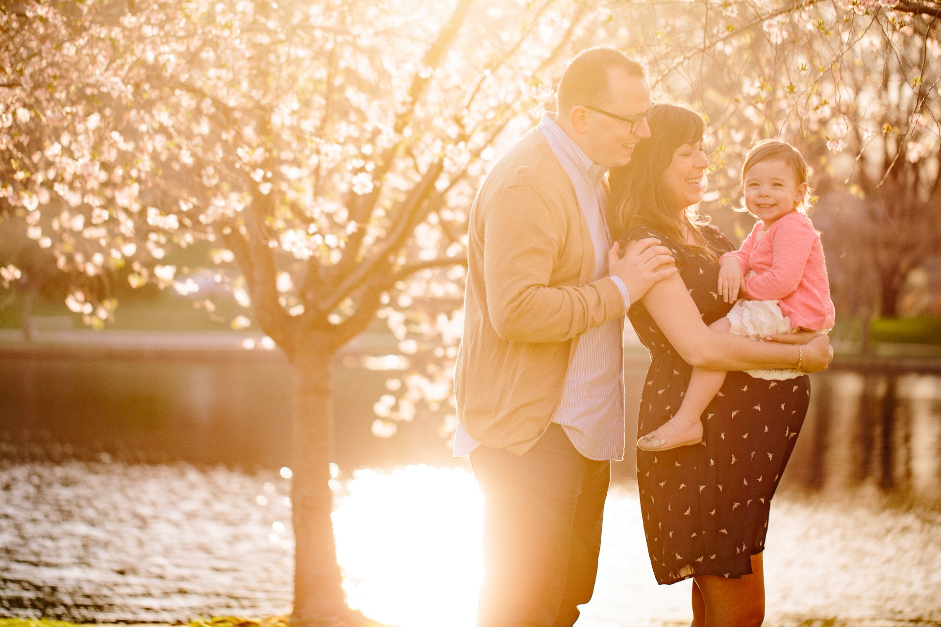 Cleveland Spring Maternity Photos 14.jpg