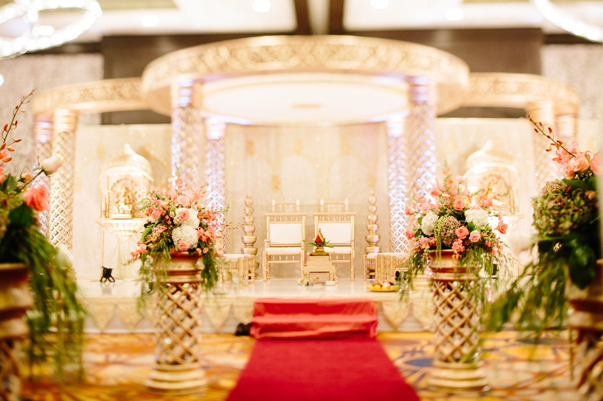 Indian Wedding Photographer in Cleveland at the Westin Hotel 41.jpg