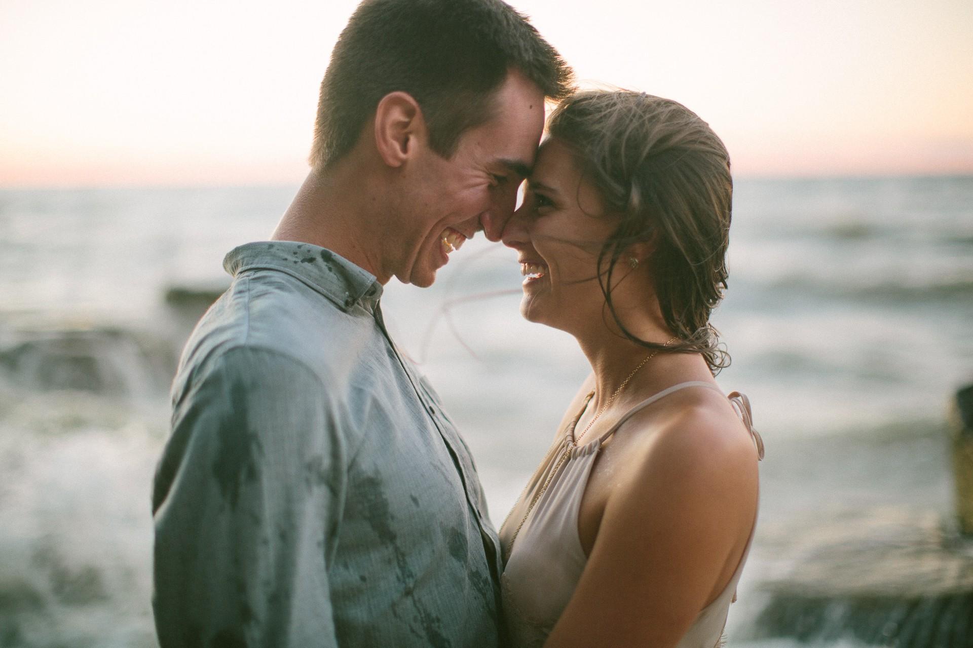 Lake Erie Cleveland Wedding and Engagement Photographer 22.jpg