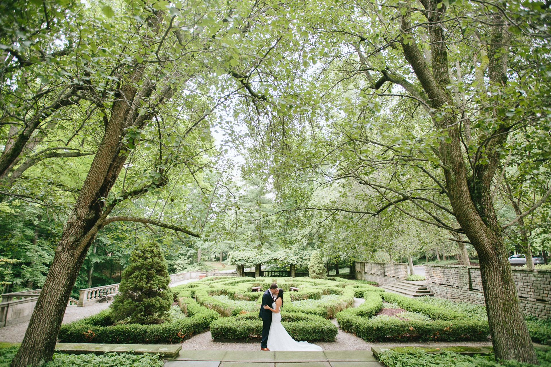 Bolton House Wedding Photographer in Beachwood 1.jpg