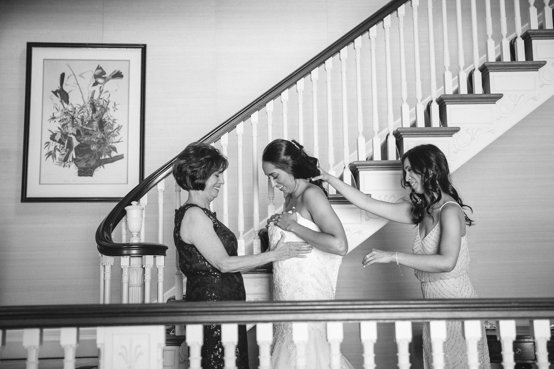 Bolton House Wedding Photographer in Beachwood 9.jpg