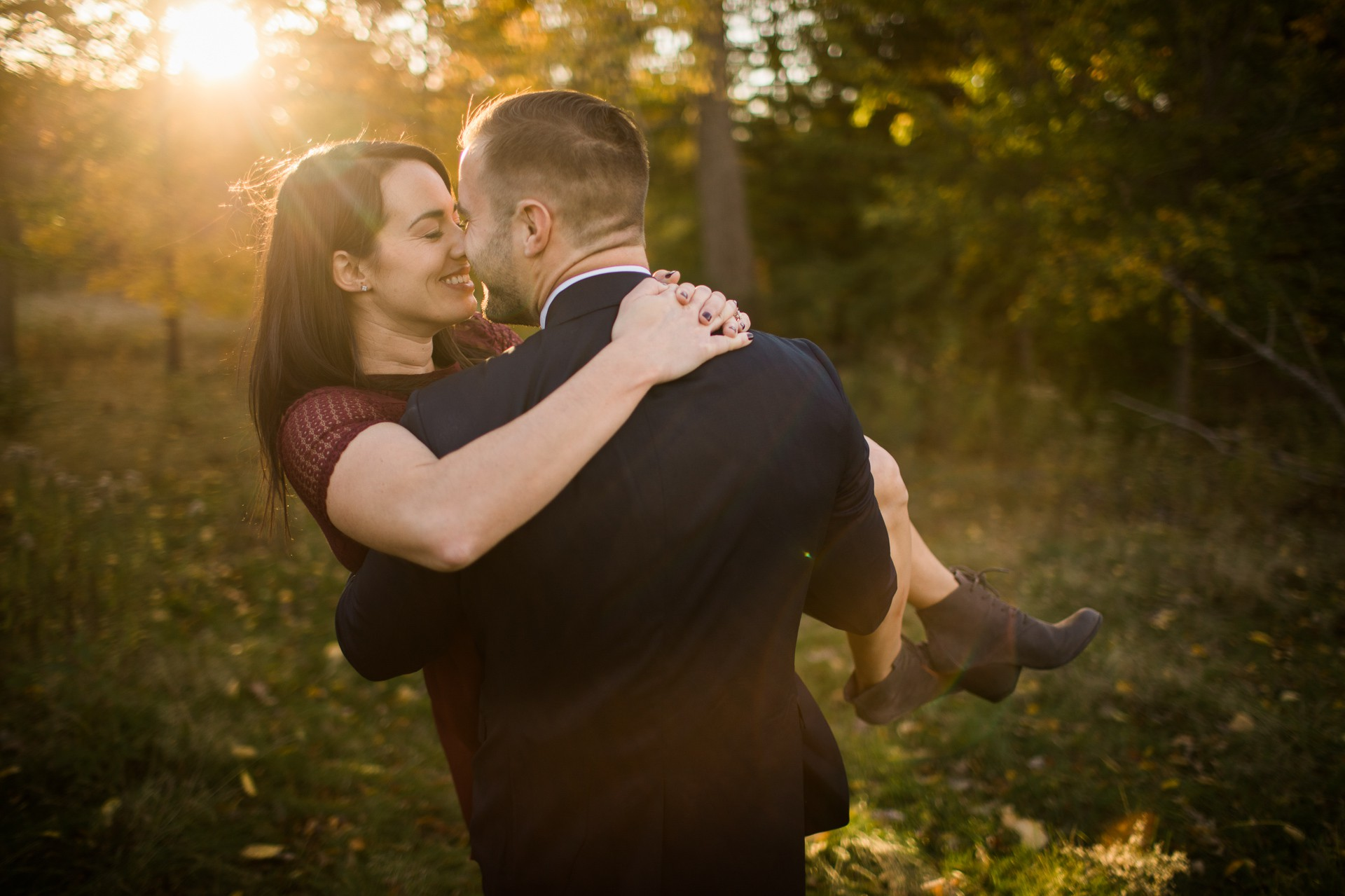 Cleveland Fall Engagement Photos at Patterson Fruit Farm 10.jpg