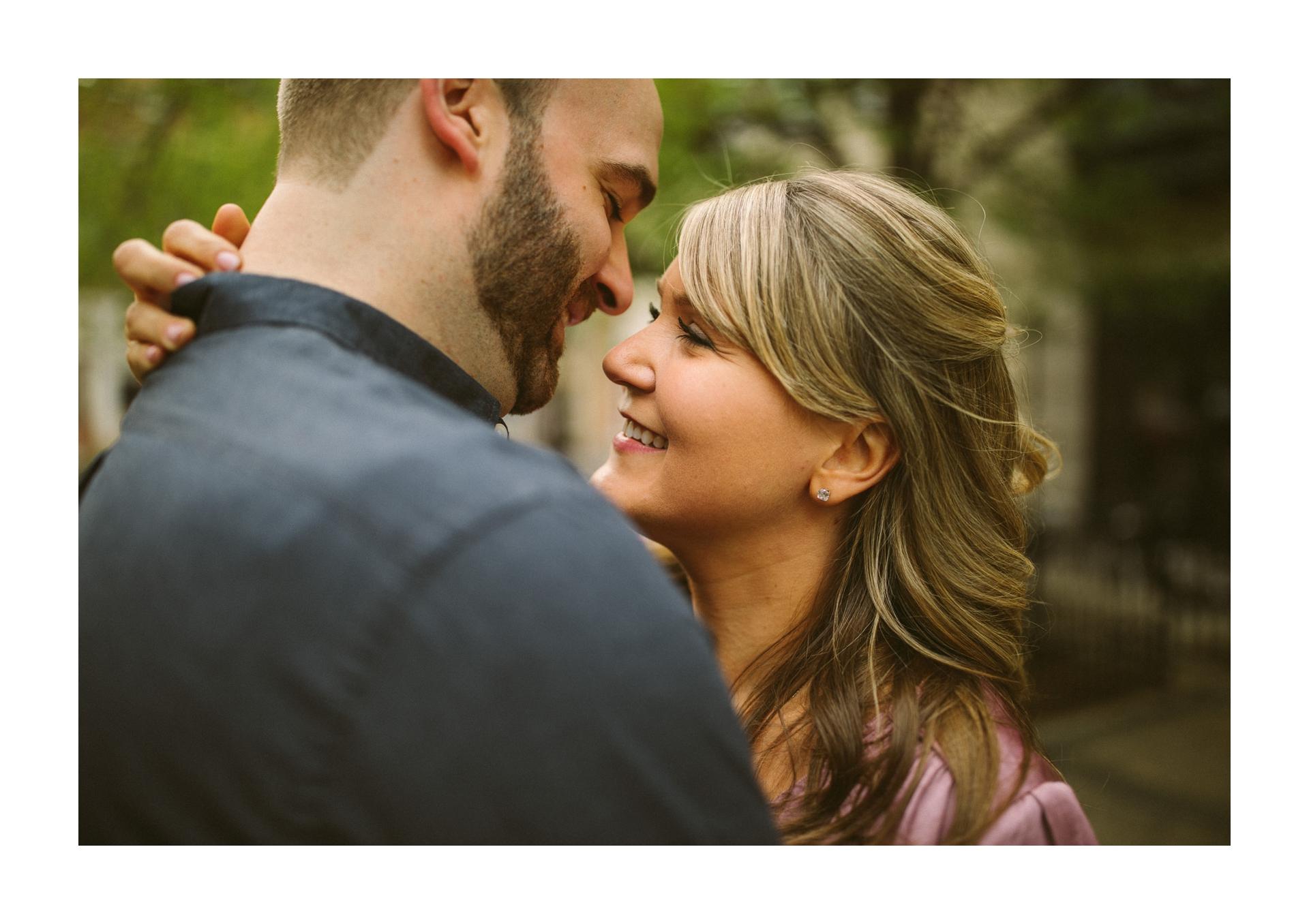Chicago Engagement and Wedding Photographer 2.jpg