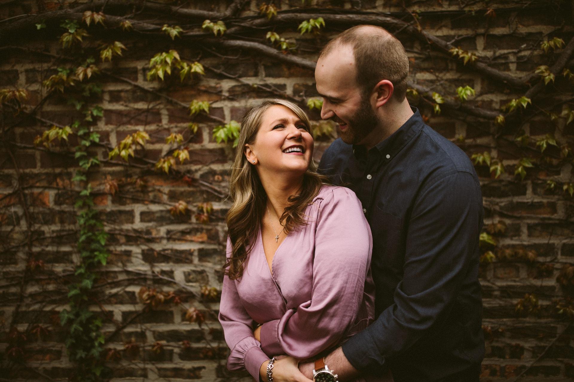 Chicago Engagement and Wedding Photographer 8.jpg