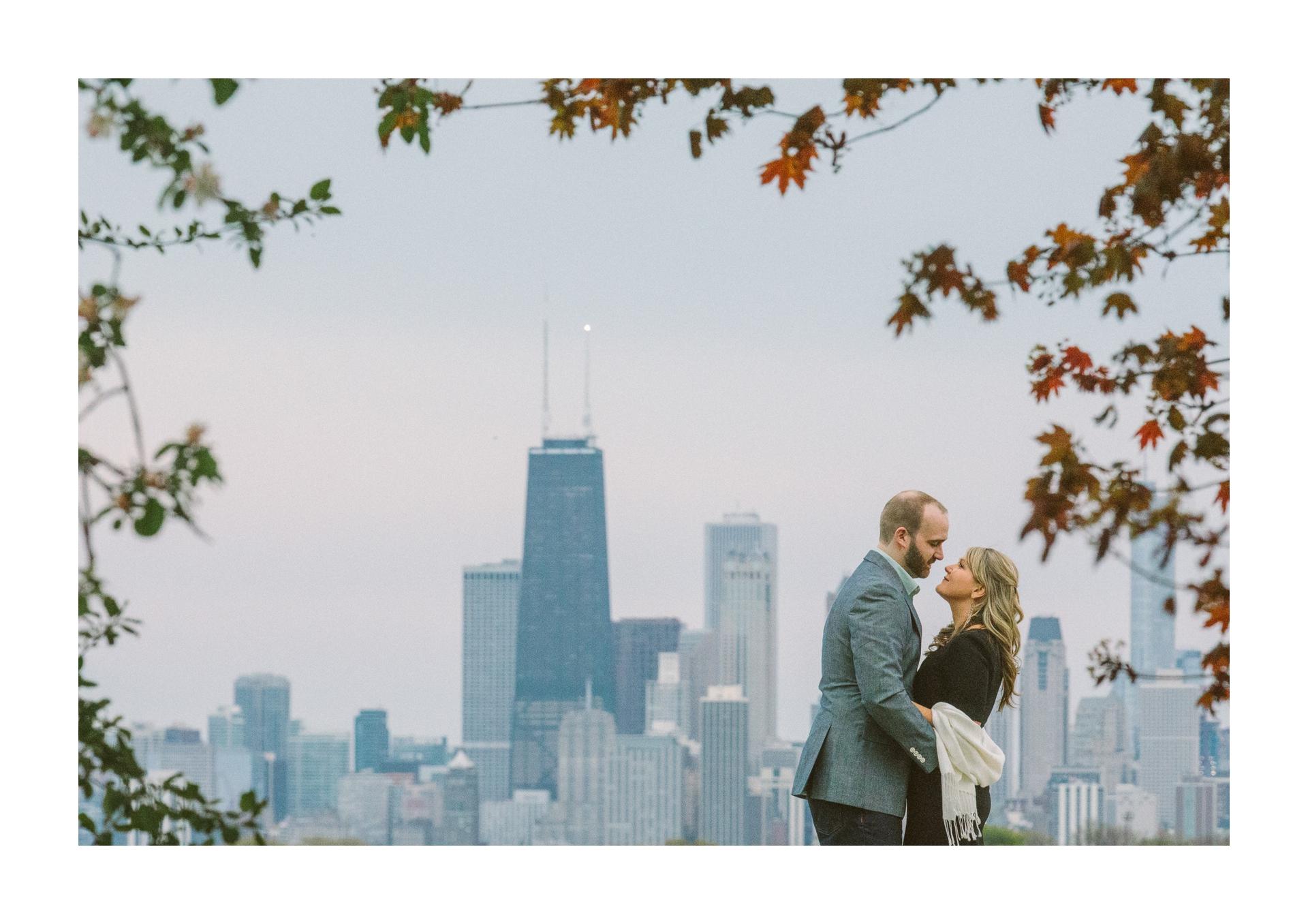 Chicago Engagement and Wedding Photographer 12.jpg