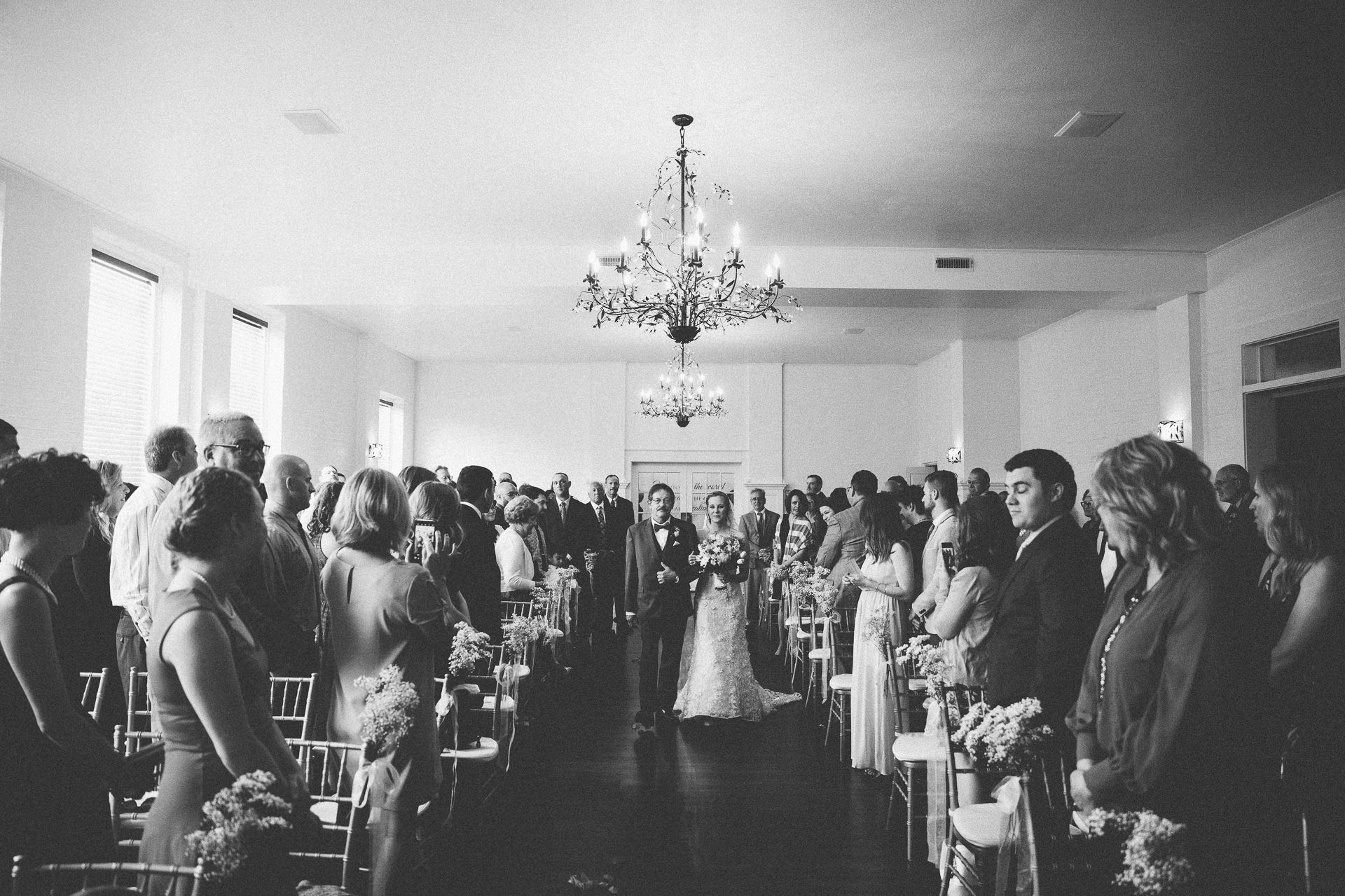 Cleveland Wedding Photographer at Whitehall Columbia 11.jpg