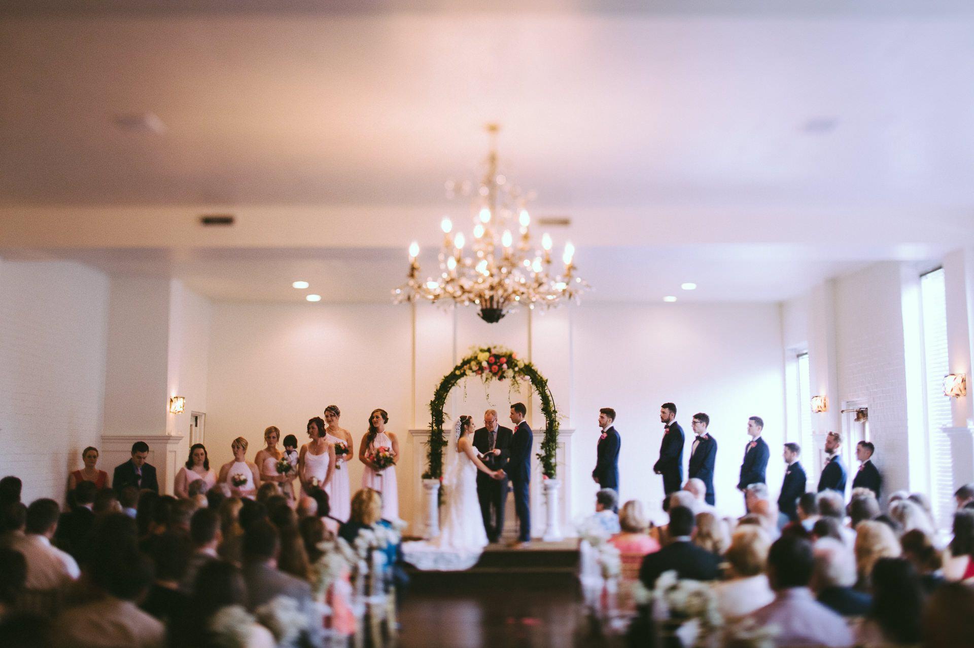 Cleveland Wedding Photographer at Whitehall Columbia 13.jpg