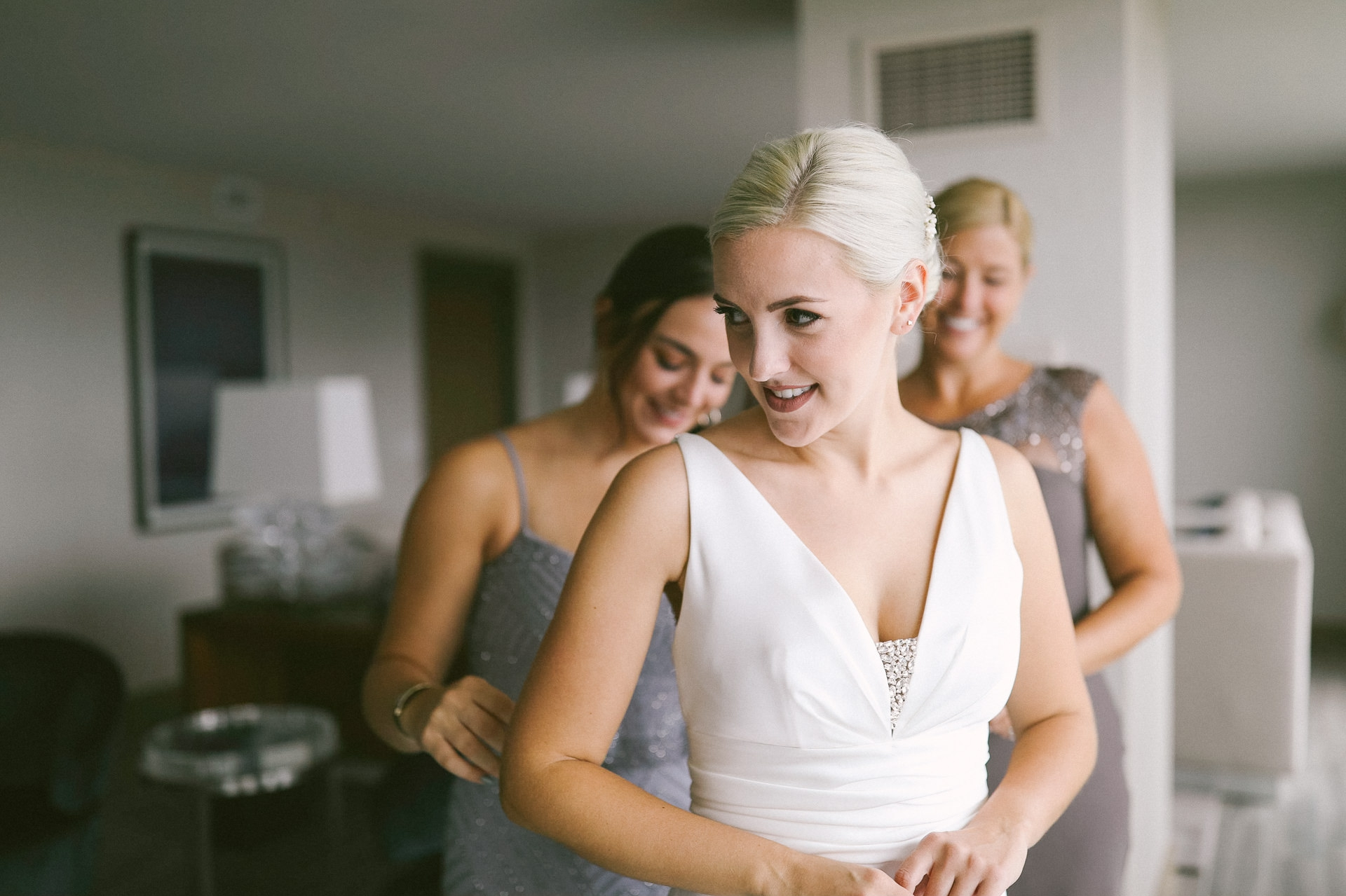 Hilton Cleveland Downtown Hotel Wedding Photographer Photos 11.jpg