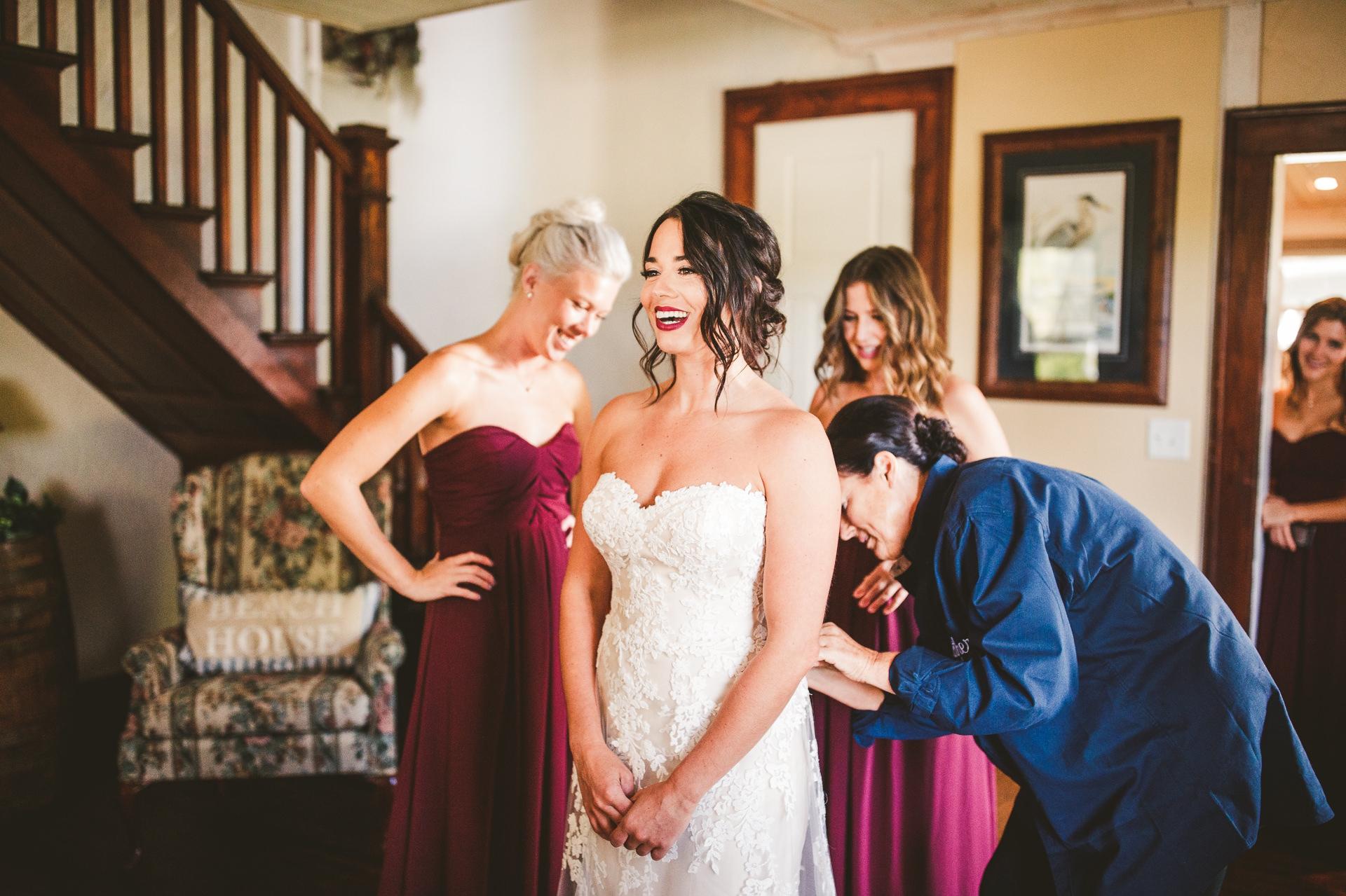 Catawba Island Club Wedding Photographer in Port Clinton 14.jpg