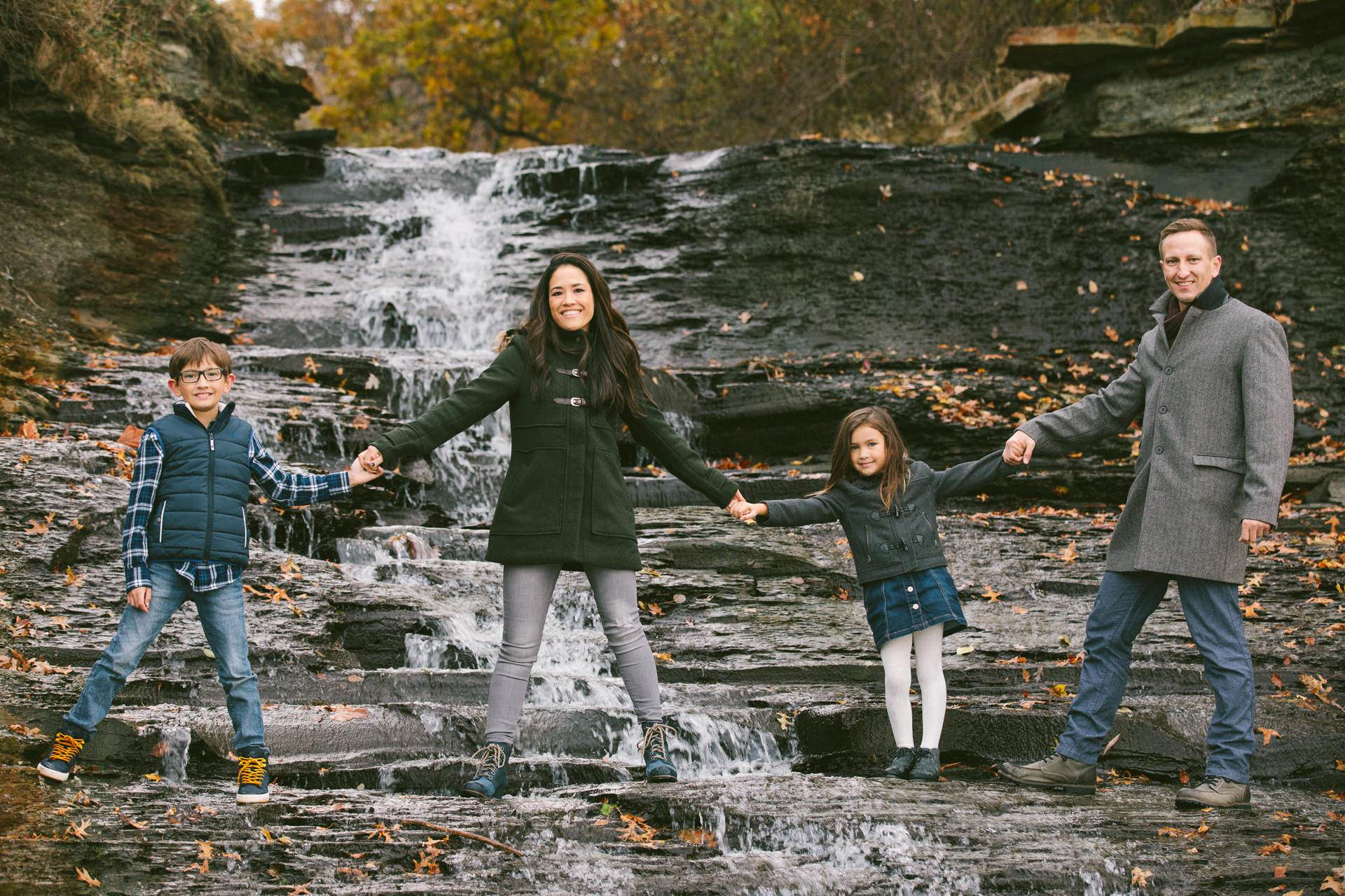 Westlake Ohio Family Portrait Photographer The Roths 60.jpg