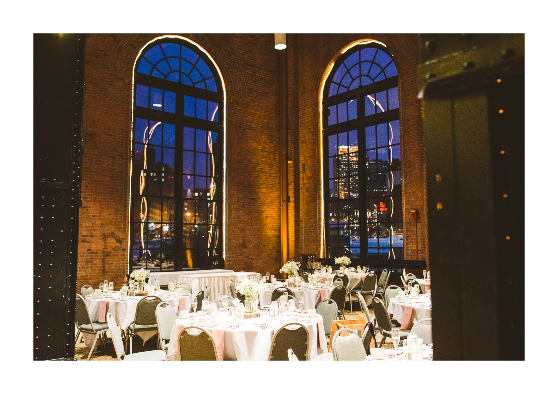 Windows on the River Winter Wedding Photographer in Cleveland 81.jpg