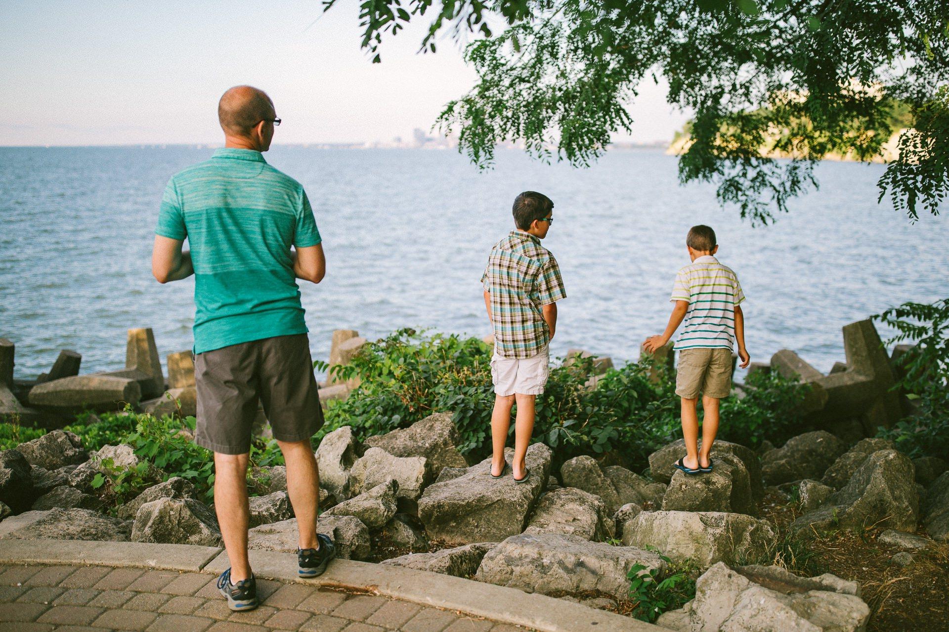 Lakewood Ohio Lifestyle Family Photographer 15.jpg