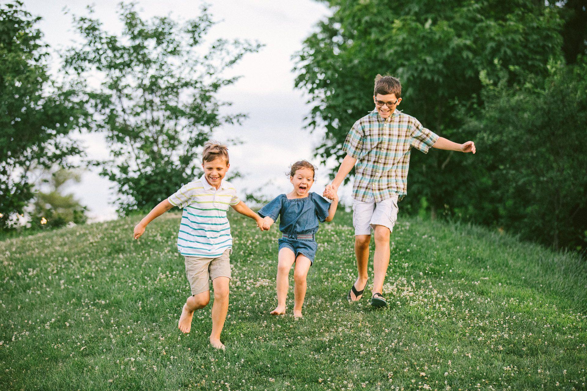 Lakewood Ohio Lifestyle Family Photographer 20.jpg