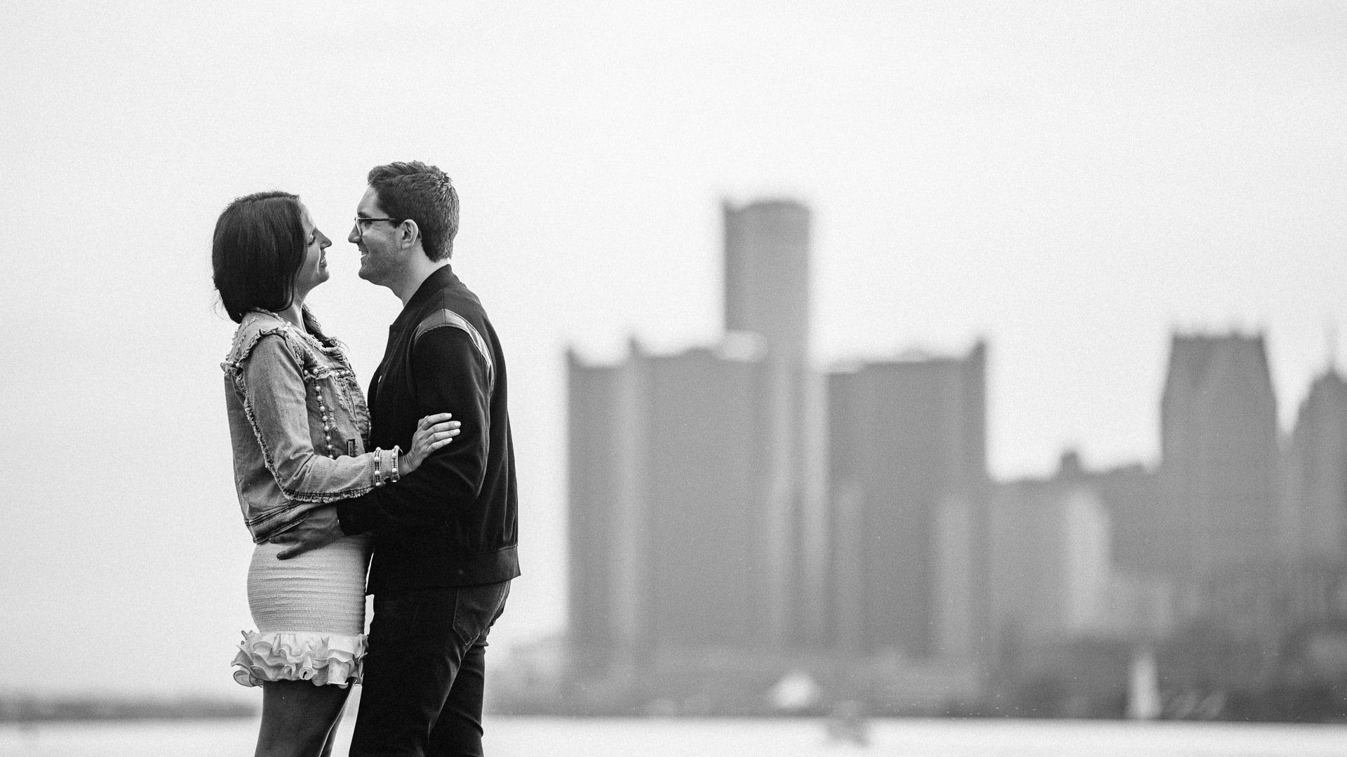 Detriot Engagement and Wedding Photographer 17.jpg