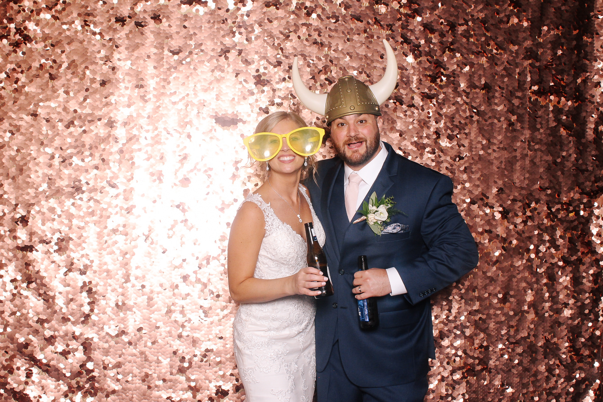 00365 Astrodome of Parma Wedding Photobooth.jpg