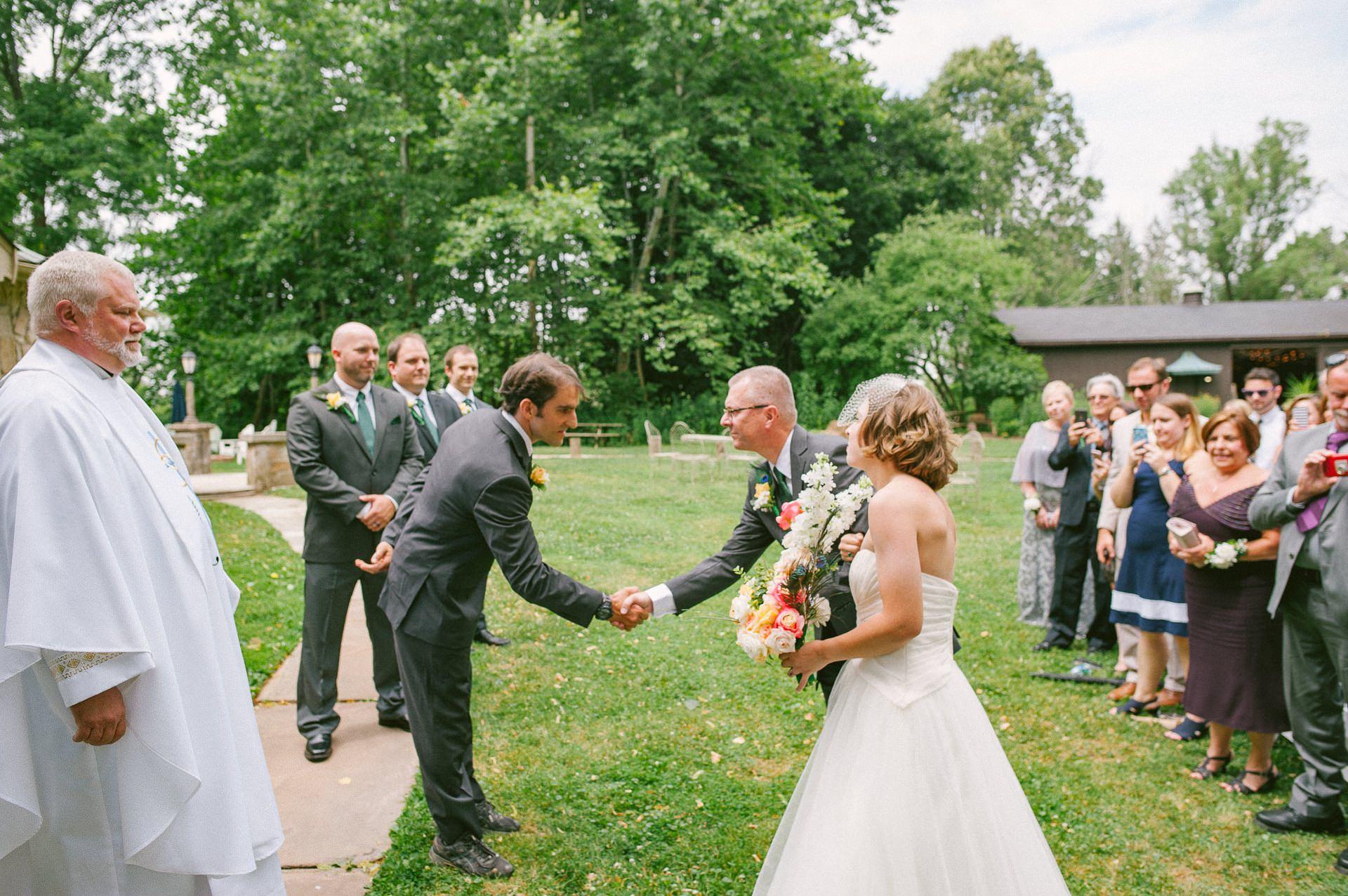 Cleveland Wedding Photos 13.jpg