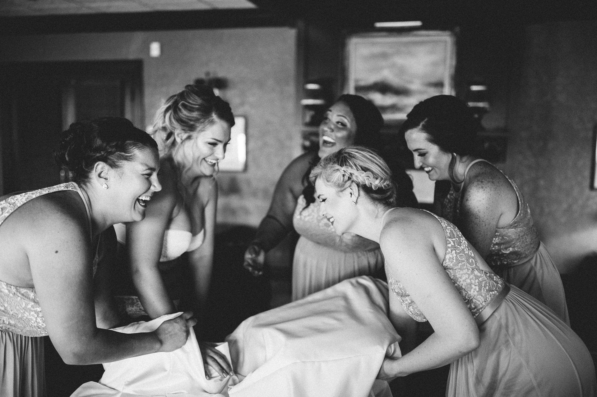 Catawba Island Club Wedding Photographer 1 11.jpg