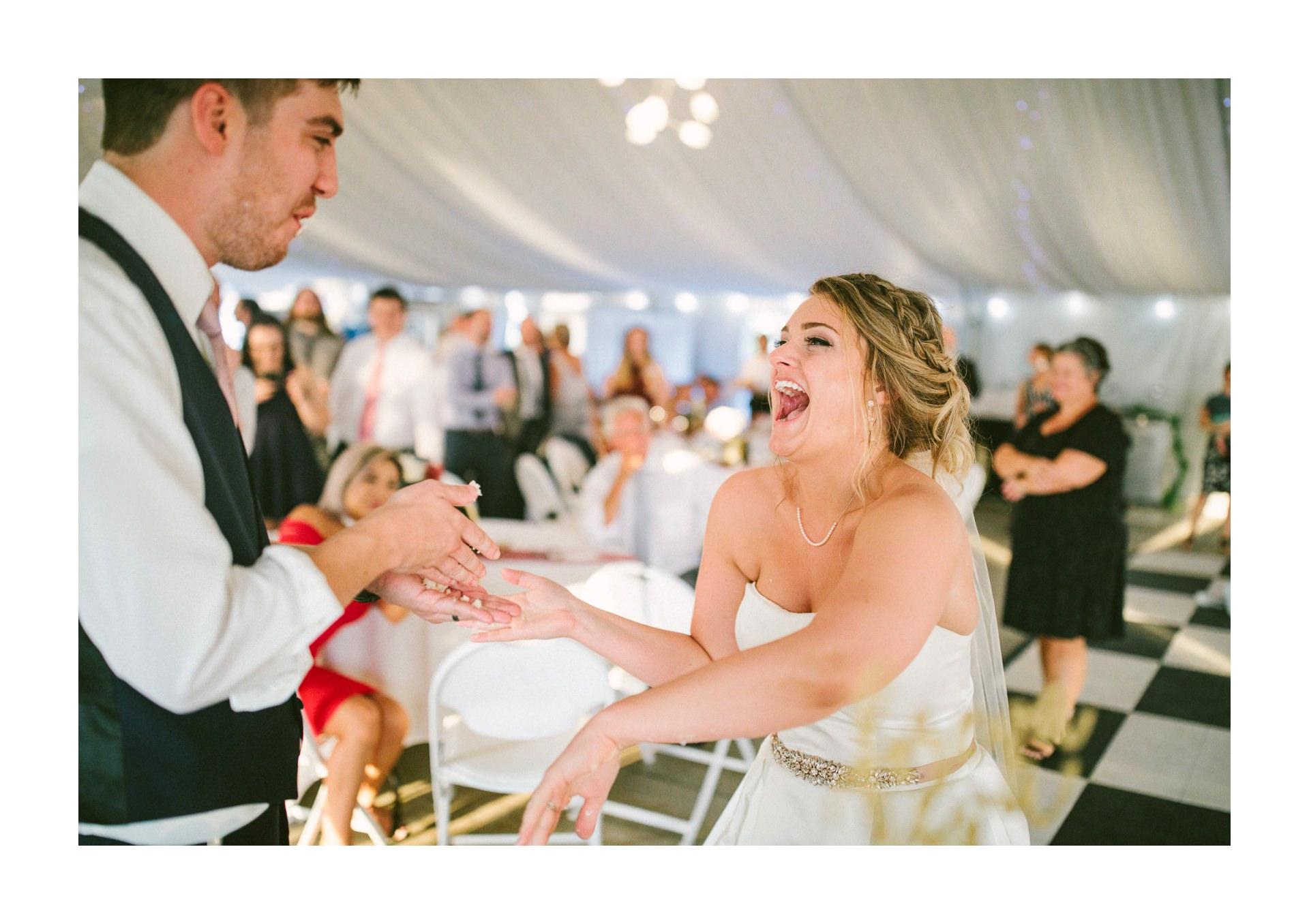 Catawba Island Club Wedding Photographer 2 17.jpg