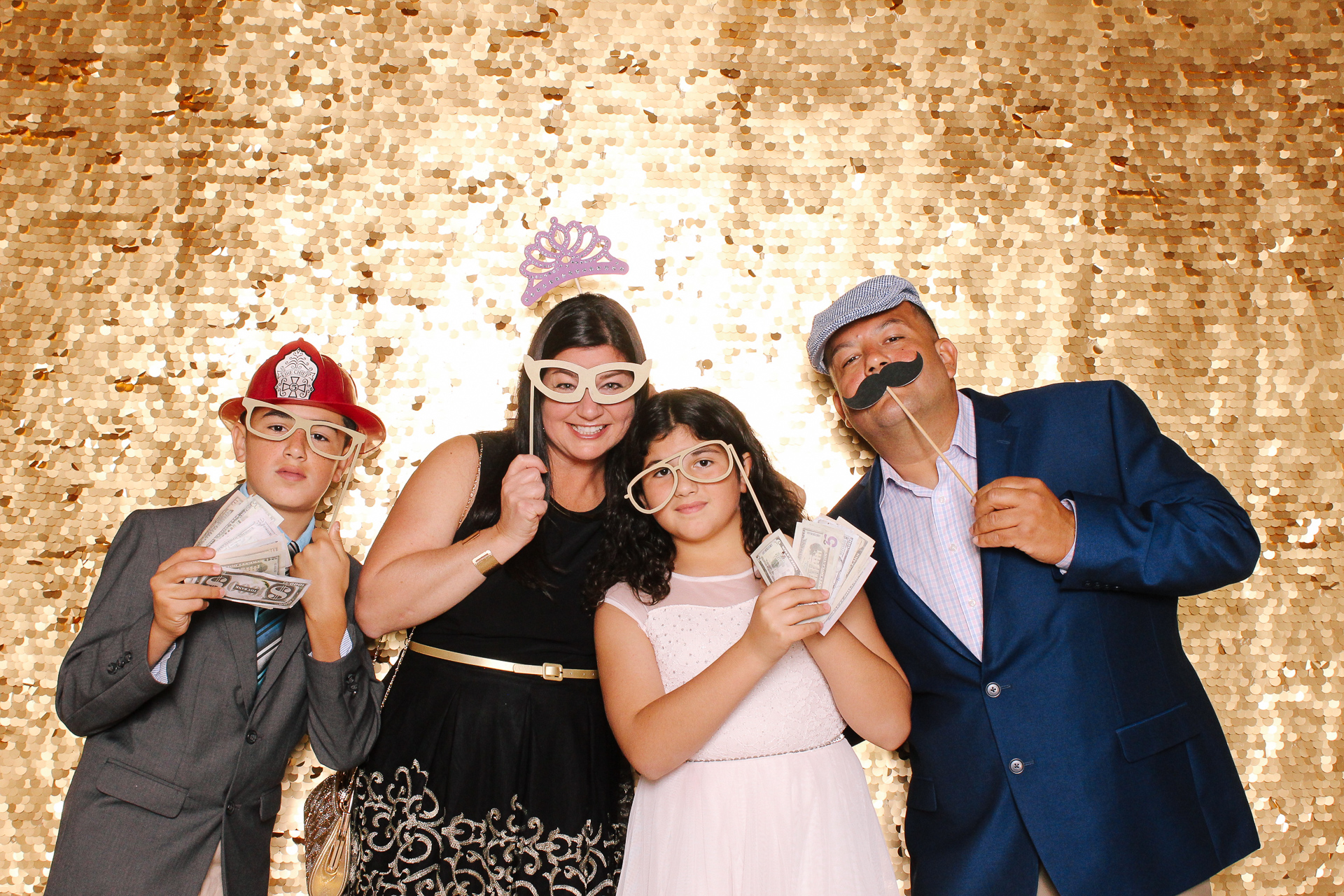 00139 Best Quinceanera Photobooth in Cleveland.jpg