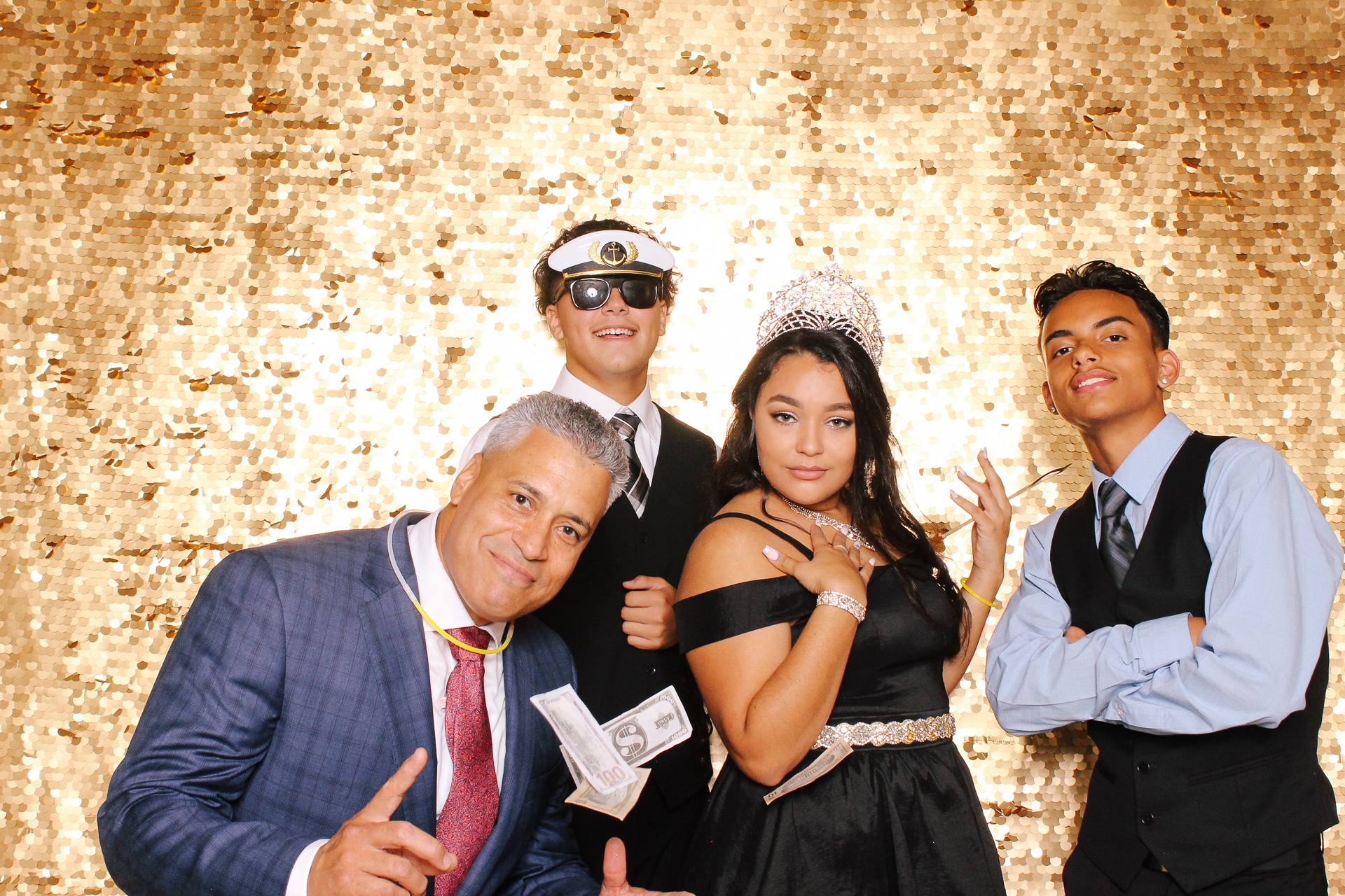 00327 Best Quinceanera Photobooth in Cleveland.jpg