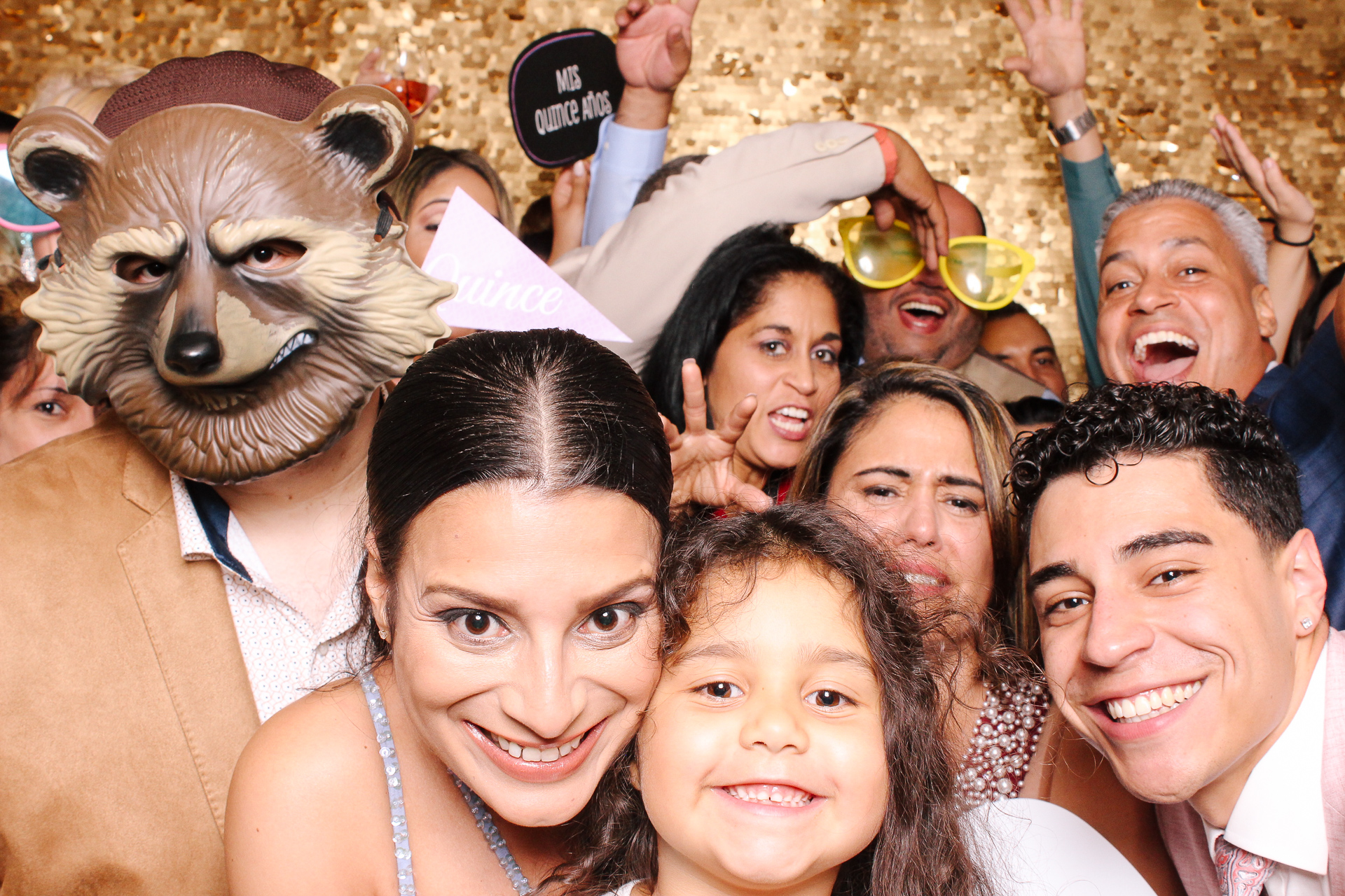 00418 Best Quinceanera Photobooth in Cleveland.jpg