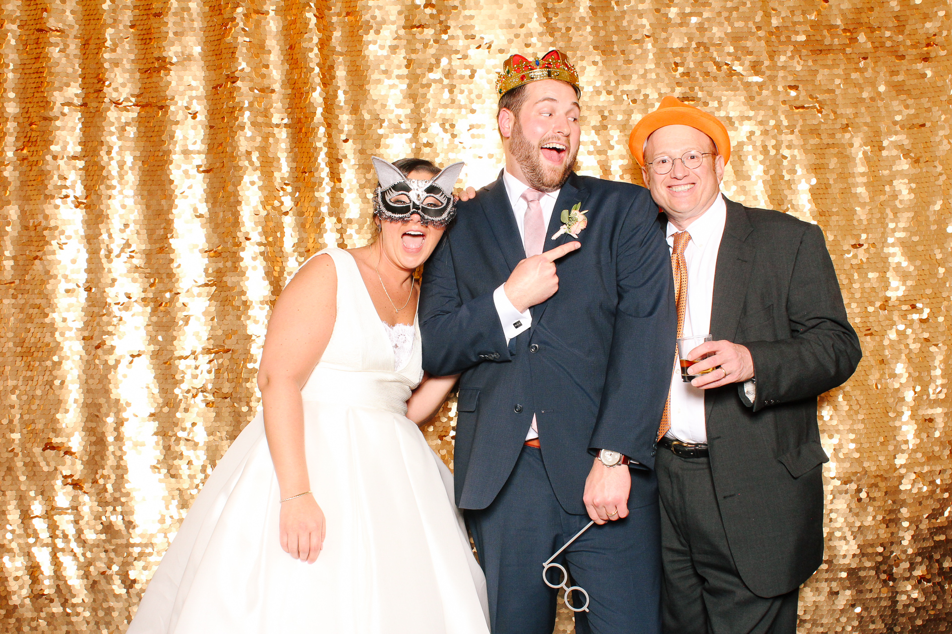00143 Union Club Wedding Photobooth in Cleveland.jpg