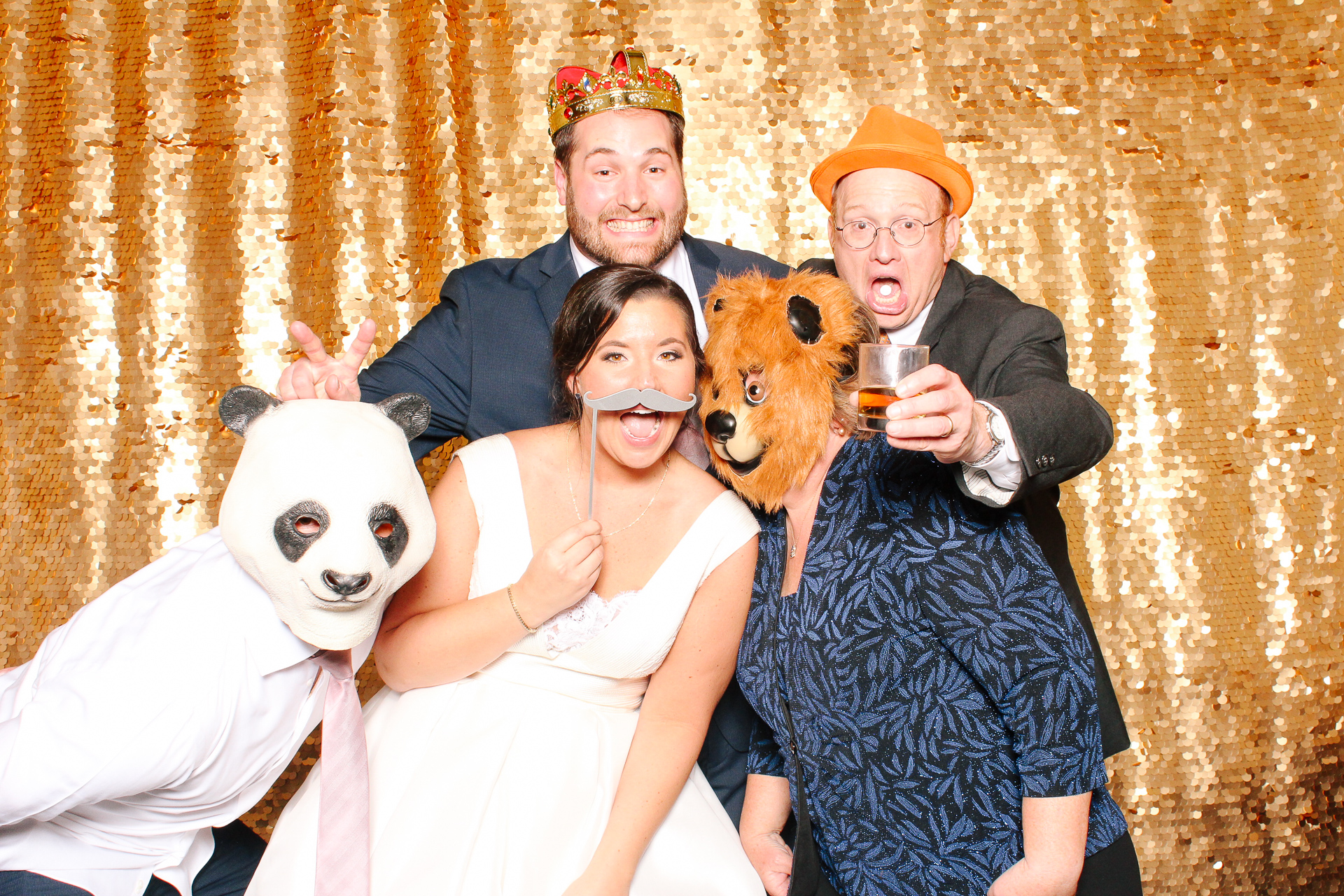 00147 Union Club Wedding Photobooth in Cleveland.jpg
