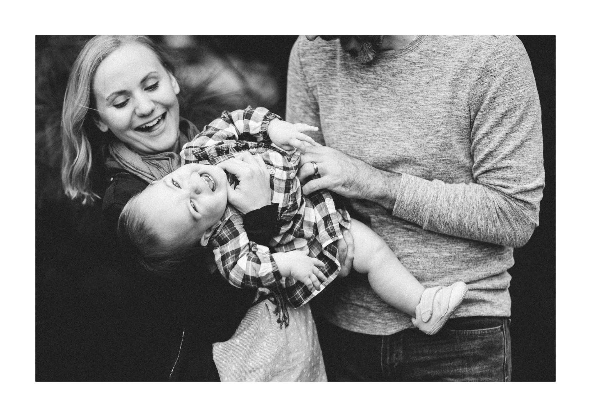 Lakewood Ohio Family Photographer 15.jpg