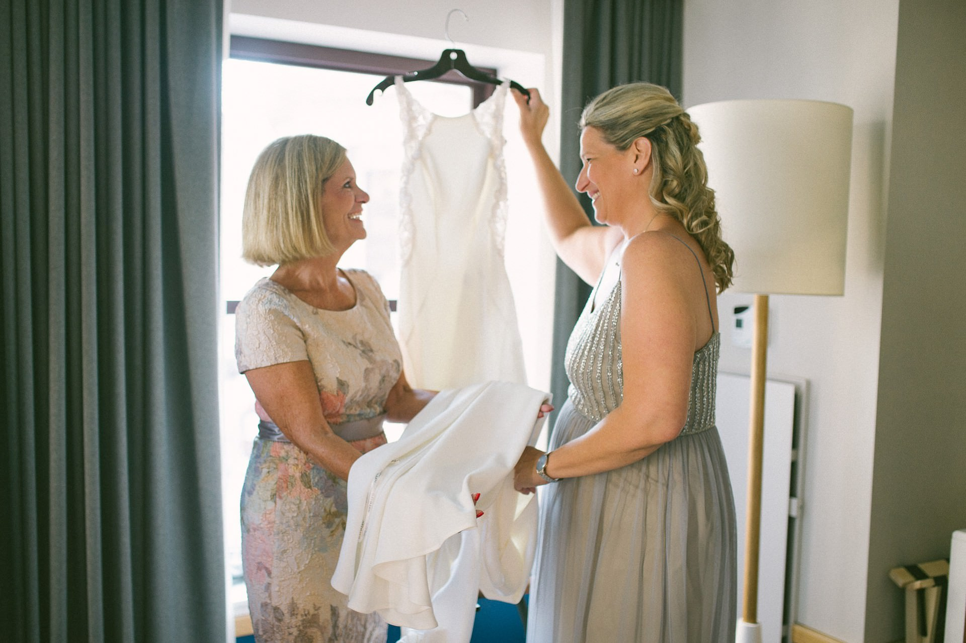 The Madison Wedding Venue Cleveland Wedding Photographer 00124.JPG